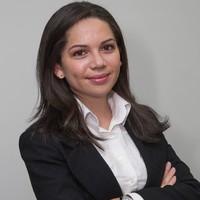 Débora Souza Garcia