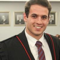 Cezar | Advogado em Porto Alegre (RS)