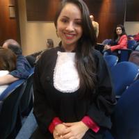 Ana   Advogado em Curitiba (PR)