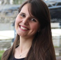 Juliane | Advogado | Direito Civil em Paraná (Estado)