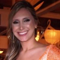 Flavia | Advogado em Curitiba (PR)