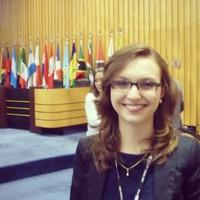Taís | Advogado | Direito Previdenciário em Curitiba (PR)