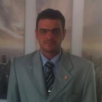 Jader   Advogado em Curitiba (PR)