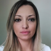 Nivia Almeida