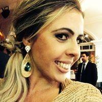 Carolina | Advogado em Curitiba (PR)