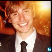 Gabriel | Advogado | Revisão de Contratos em Blumenau (SC)