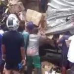 Reflexo de uma sociedade corrupta: população saqueia carga de caminhões em grave acidente de trânsito