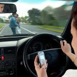 O que é mais grave, digitar conduzindo ou beber e conduzir?