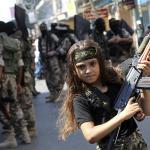 A guerra ideológica e o recrutamento de crianças e adolescentes ao tráfico de drogas e ao terrorismo