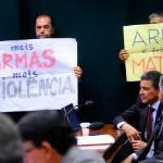 Favorável à descriminalização das drogas, mas contra a liberação das armas