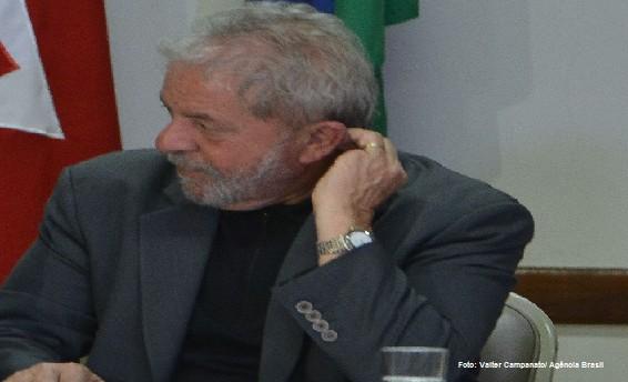Lula denunciado os donos do poder deliberaram mant-lo no governo em 2005 As instituies esto melhorando mas falharam
