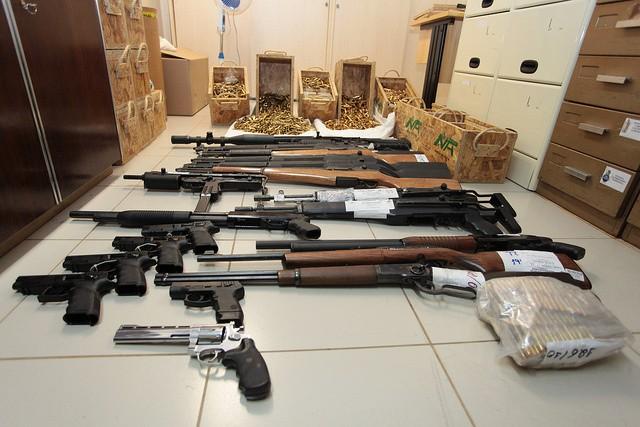 O depoimento de um dos principais criminlogos do Brasil sobre as armas