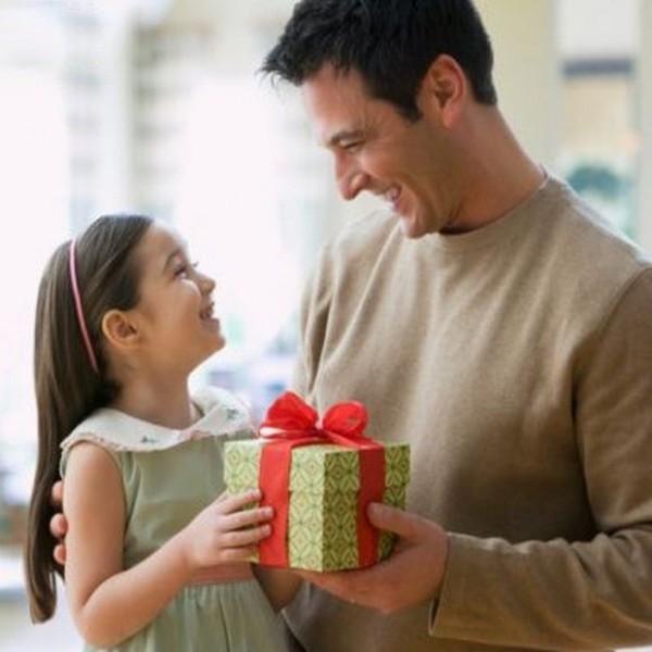Como posso dar um bem minha filha sem que o marido dela tenha direito sobre esse bem