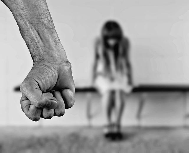 Estupro sem contato fsico