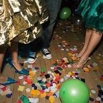 Empresa de eventos deve indenizar alunos por tumultuar baile de formatura