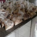 Presos voltam a comer em sacos plásticos no sistema prisional do Piauí