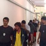 Jovens que amarraram infrator em poste são detidos por tráfico