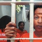 Inocentada por estuprar enteado de 11 anos, ex-servidora continuará presa