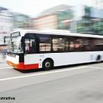 Idosa será indenizada por fratura na coluna causada por freada brusca de ônibus