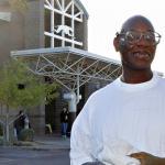 Inocente que passou 27 anos atrás das grades receberá $16,6 milhões de indenização