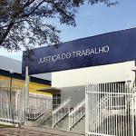 TRT9 - Empresa deverá reintegrar funcionário portador de vírus HIV