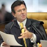 Ministro Fux mantém acórdão do TCU que condena bolsista a ressarcir erário