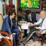 Em visita a Cuba, primeiro-ministro do Japão se encontra com Fidel Castro