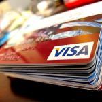 Russo ganha cartão de crédito sem juros e sem limites após reescrever os termos do contrato