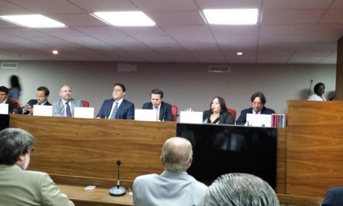 OAB quer afastamento imediato de juiz que deu ordem de priso ex-agente da Lei Seca