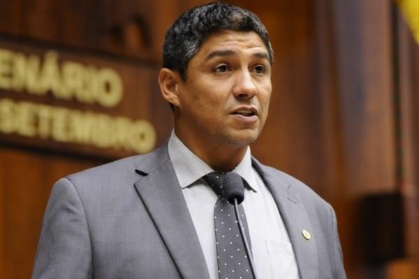 Suspeito de comprar droga com dinheiro pblico ex-atacante Jardel afastado do cargo de Deputado