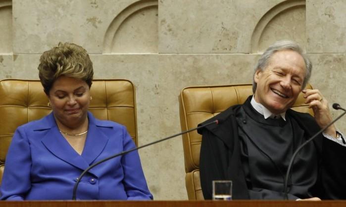Isto sim golpe Dilma e Lewandowski discutem Lava Jato e impeachment em reunio secreta em Portugal