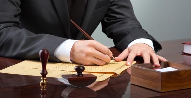 STJ decide quando possvel a clusula penal em contratos advocatcios